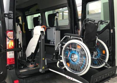 Rollstuhl111