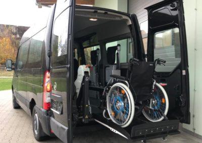 Rollstuhl112